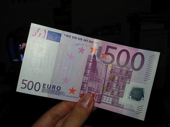 800px-Nota_500_euros
