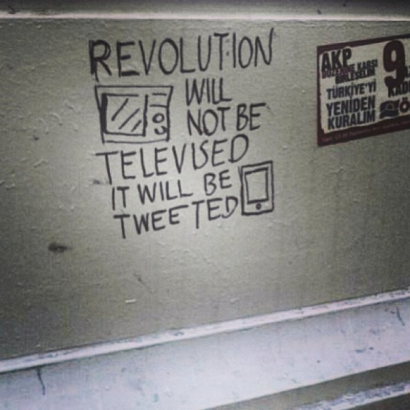 tweets-revolution