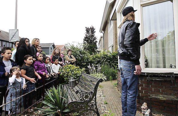 Protestmars langs huis bestuurslid pedovereniging