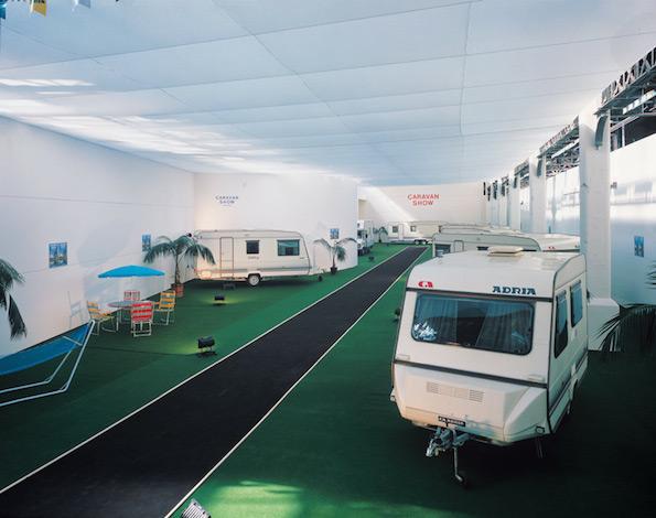 134_guillaume-bijl-installation-caravan-show-1989