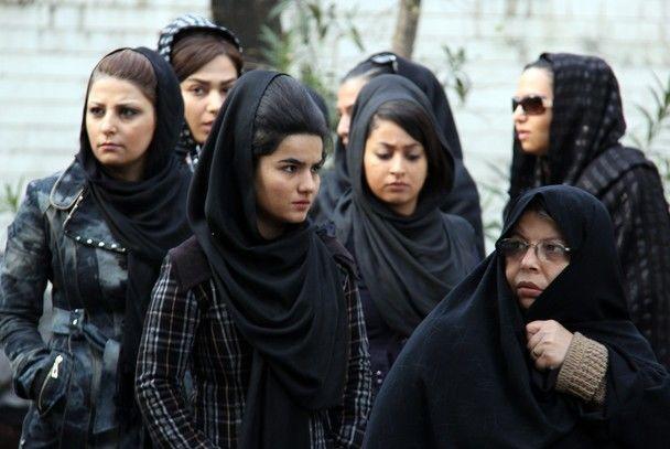 Iranian-veil-and-chador