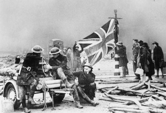Britain's_Home_Front_1939_-_1945-_Air_Raid_Damage_HU36253